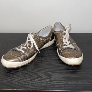 EUC Josef Seibel Bronze Sneakers EU 39/US 8.5